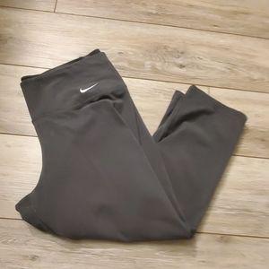 Nike Capris Sz M